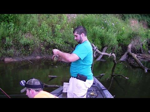 Catching Bluegill & Catfish. Fishing the River!