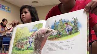 Rescue turkey helps teach kids how to read