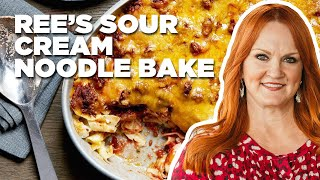 Ree's Sour Cream Noodle Bake How-To | Food Network