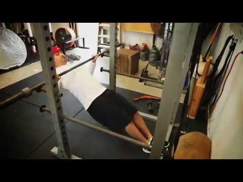 Football Training Workout: Get Bigger, Faster, Stronger