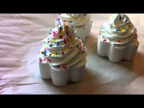 Vanilla Buttercream Bath Bomb Cupcakes