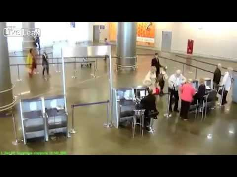 Little Girl Fools Moscow Airport Security, Flies Without Ticket