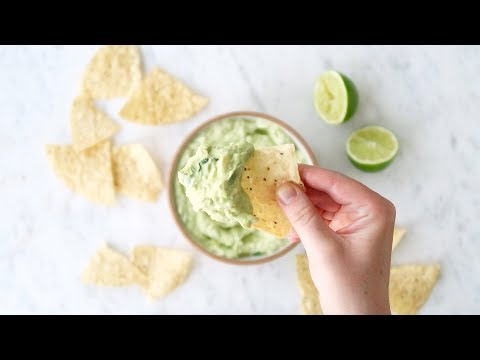 2-Minute Creamy Avocado Dip