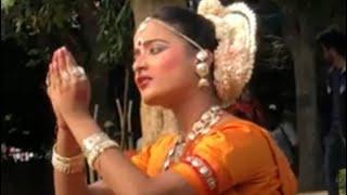 INDIAN BEAUTIFUL CLASSICAL DANCE PERFORMANCES //प्रभु श्री कृष्ण से एक भक्त नृत्य करते हुए प्रार्थना