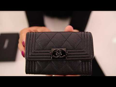 3ac9b0064da1 Unboxing Chanel Caviar Quilted Boy Card Holder So Black