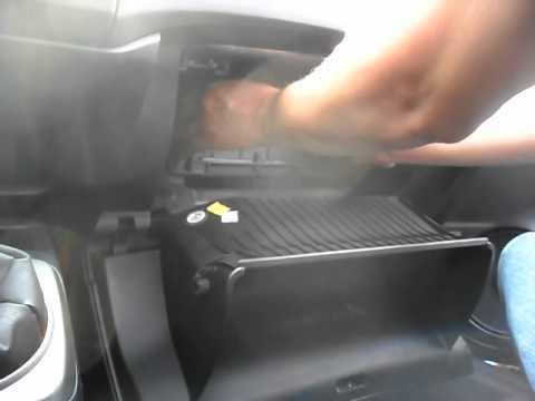 06-2012 Honda Civic Cabin Filter Replacement