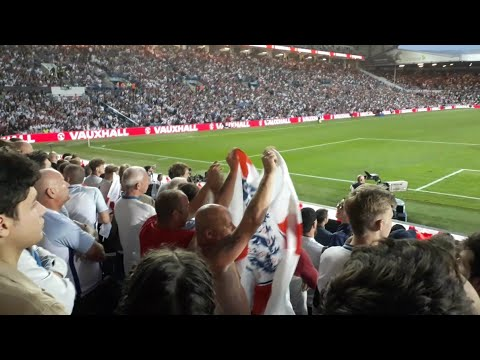 Leeds United & Manchester United Supporters Chanting At Eachother | England 2-0 Costa Rica