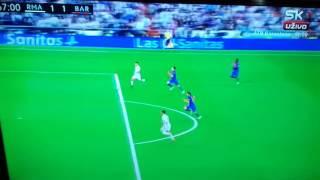 Cristiano Ronaldo horrible tap-in miss against Barcelona