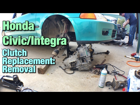 Honda Civic / Integra Clutch Replacement: Removal