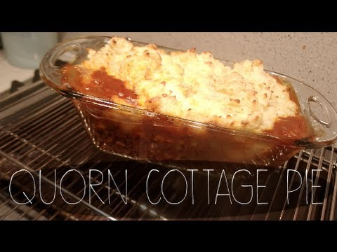 Cook with me: Quorn Cottage Pie! | SoTotallyVlog