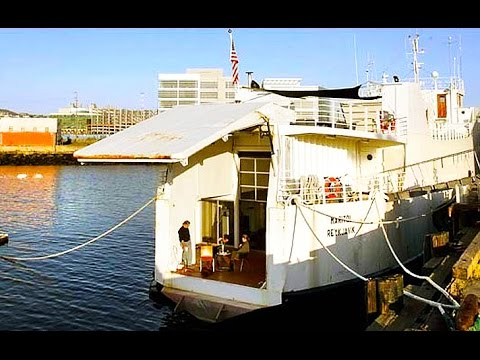 Solar-Powered Bauhaus Barge Offers Luxurious Living with a Low Carbon Footprint