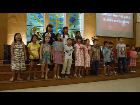 Mama ku yang terbaik by Sunday School Choir GKIM Parents Day