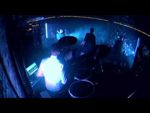Run The Red Light - Brave New World (Live)