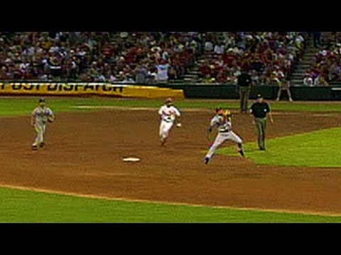 Furcal turns an unassisted triple play