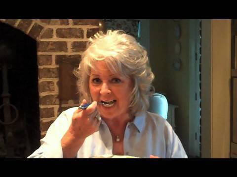 Paula Deen Cooks Macaroni and Cheese - Get Cookin' with Paula Deen