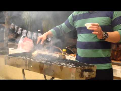 How to clean the grill when it is hot