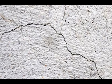 How to Repair Shrinkage Cracks on a Concrete Slab