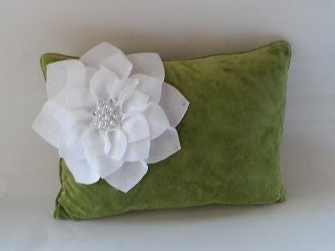 {DIY} Flower Pillows