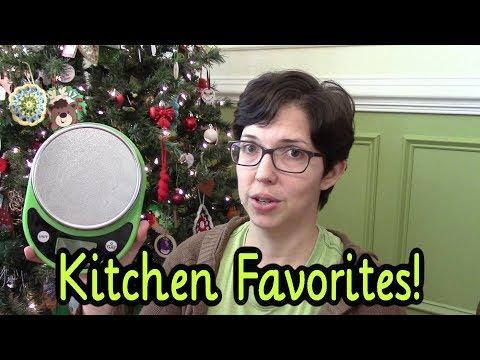 5 Kitchen Favorites Under $20 (Vlogmas Day 10)