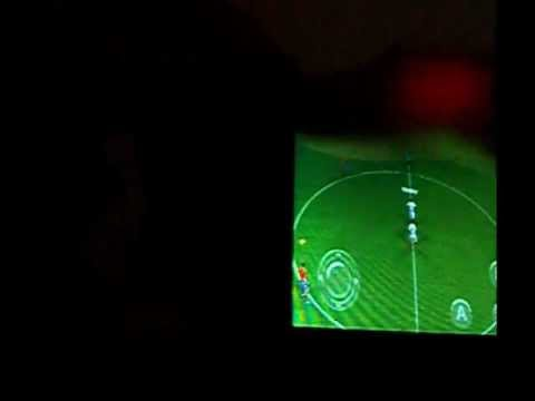 Gameplay: Real Football 2011 On Samsung Galaxy Y S5360