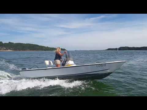 POOLE BOAT HIRE - Self-drive boat hire - Brownsea Island