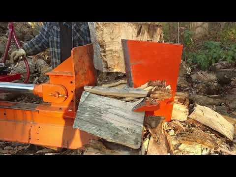 Log Splitter Homemade 45 Ton - Monster Logs Demolished!