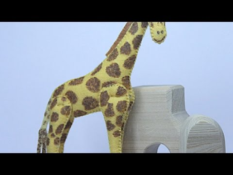 Make a Cute Stuffed Felt Giraffe - DIY Crafts - Guidecentral