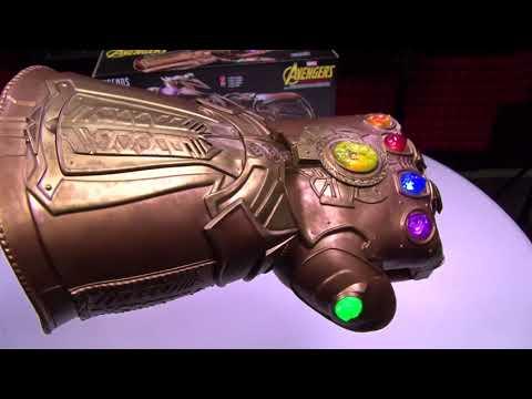 The Official Marvel Legends Infinity Gauntlet