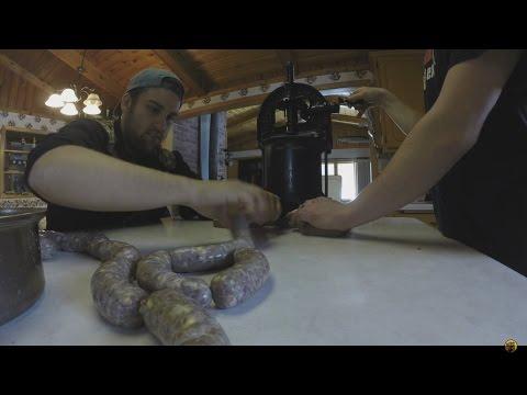 Making DELICIOUS jalapeño cheddar Venison Sausage at home!!!!!