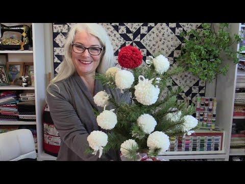 Snowball Christmas Tree or How to Make a PomPom