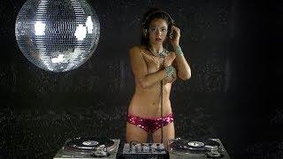 TOP FEMALE DJ MIXING I BEST FEMALE DJANE LIVE MIXING HD HQ