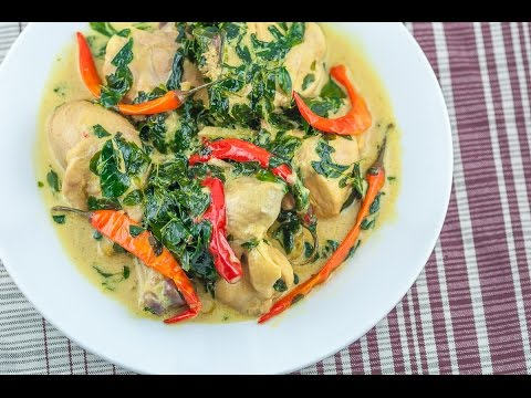 MAANGHANG NA GINATAANG MANOK - Spicy Chicken in Coconut Milk
