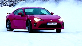 Toyota 86 Snow Testing New Toyota GT86 / Subaru BRZ Drifting Snow Ice New Toyota 86 Interior CARJAM