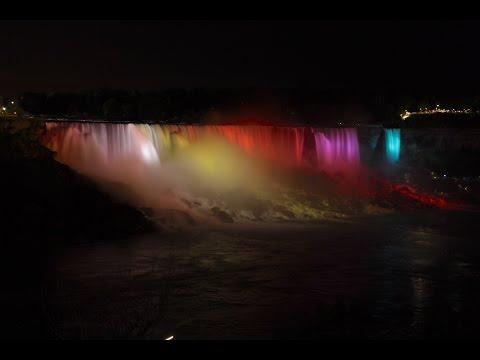 The amazing Niagara Falls night lightshow