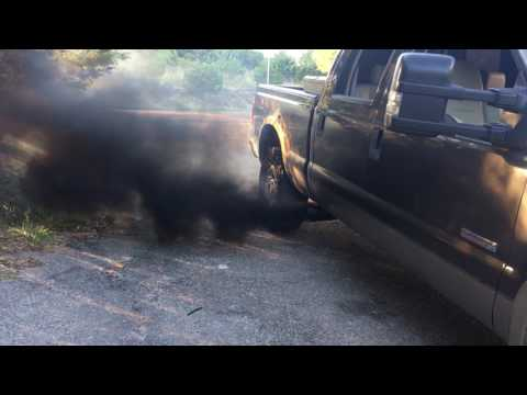 6.0 powerstroke straight piped and smoke switch rolling coal