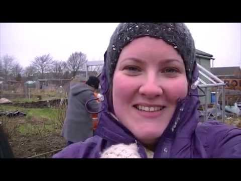 It's All About The (greenhouse) Base I Foodie Gardening Allotment Y1E6