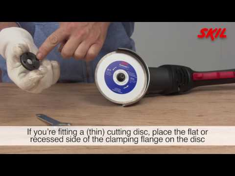 How to change the disc on an angle grinder?