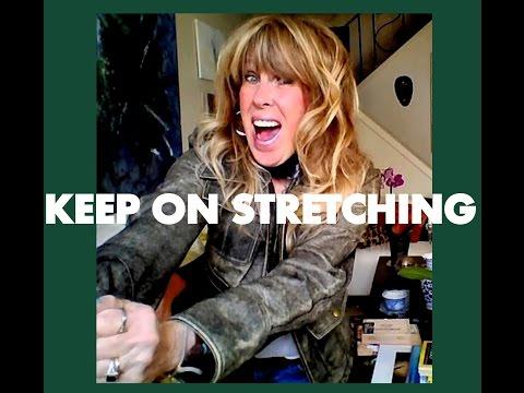 LEATHER JACKET //how I stretch it