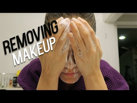 How I Easily Remove My Makeup | Double Cleansing | Melissa Alatorre