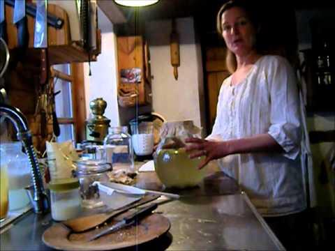 Water kefir and coconut milk kefir