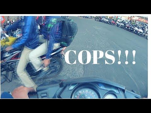 Bangalore Cops Breaking Rules!