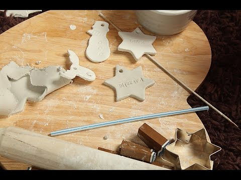 Making Christmas Decorations DIY clay ornaments