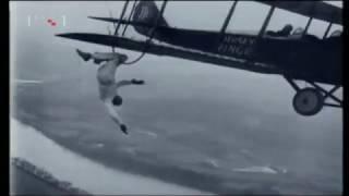 TV kalendar 04.02.2017. (Franz Reichelt skočio padobranom s Eiffelovog tornja - 1912.)