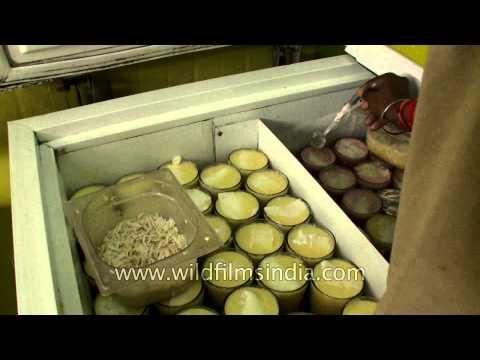 Serving Chandni Chowk's Lassi - Amritsari style