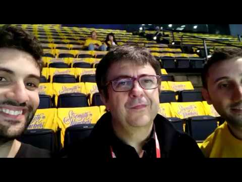 Tommaso insieme a Flavio Tranquillo alla Oracle Arena per le Finals 2018