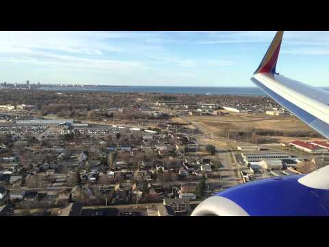 Southwest Airlines landing in Milwaukee