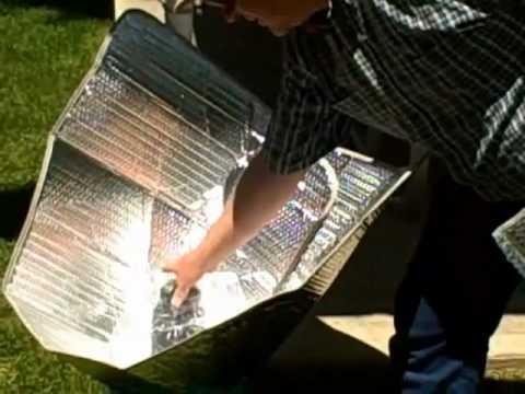 Simple Solar Cooker Prof. Jones  Part 1