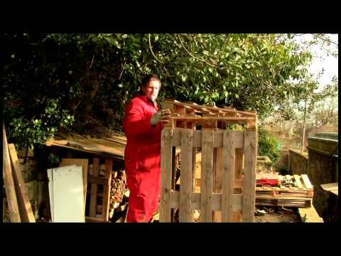 How to Make a Woodstore from Pallets