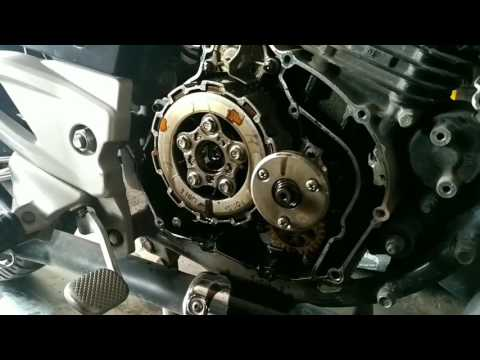 Open clutch plates of pulsar 180cc with machine
