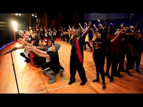 Elementary school children make Broadway debut